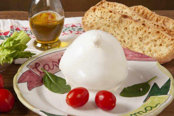 mozzarellona-di-bufala-campana_3